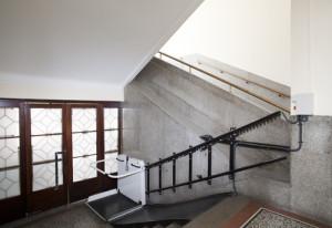 Einbau und Montage eines Treppenlifts